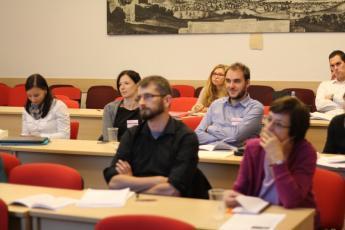 026 TS Analyza tematickych diskurzu a diskurzivnich praktik