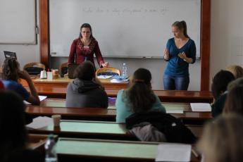LP2015_015 Tematická sekce Čeština českých neslyšících a znakový jazyk