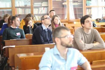 LP2015_056 Tematická sekce Jazyková správnost, normy a distribuce jazykových prostředků