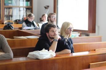 LP2015_058 Tematická sekce Jazyková správnost, normy a distribuce jazykových prostředků