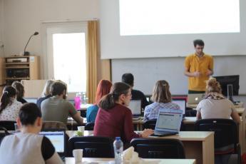 LP2015_064 Workshop Sestav si svůj korpus: anotace a prohledávání mluvených dat pomocí programu ELAN