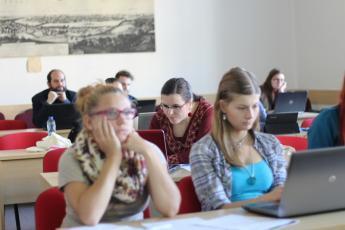 LP2015_070 Workshop Sestav si svůj korpus: anotace a prohledávání mluvených dat pomocí programu ELAN